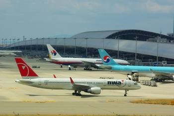 2009年4月2日(木)PENTAX関西空港ブログ用 011.jpg