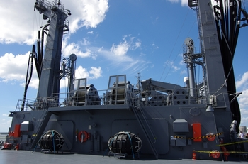 2013年8月28日(水)補給艦ましゅう 003.jpg