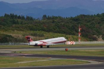 2017年10月16日(月)秋田空港・遠東航空、UH-60J・K3保存用 072.JPG